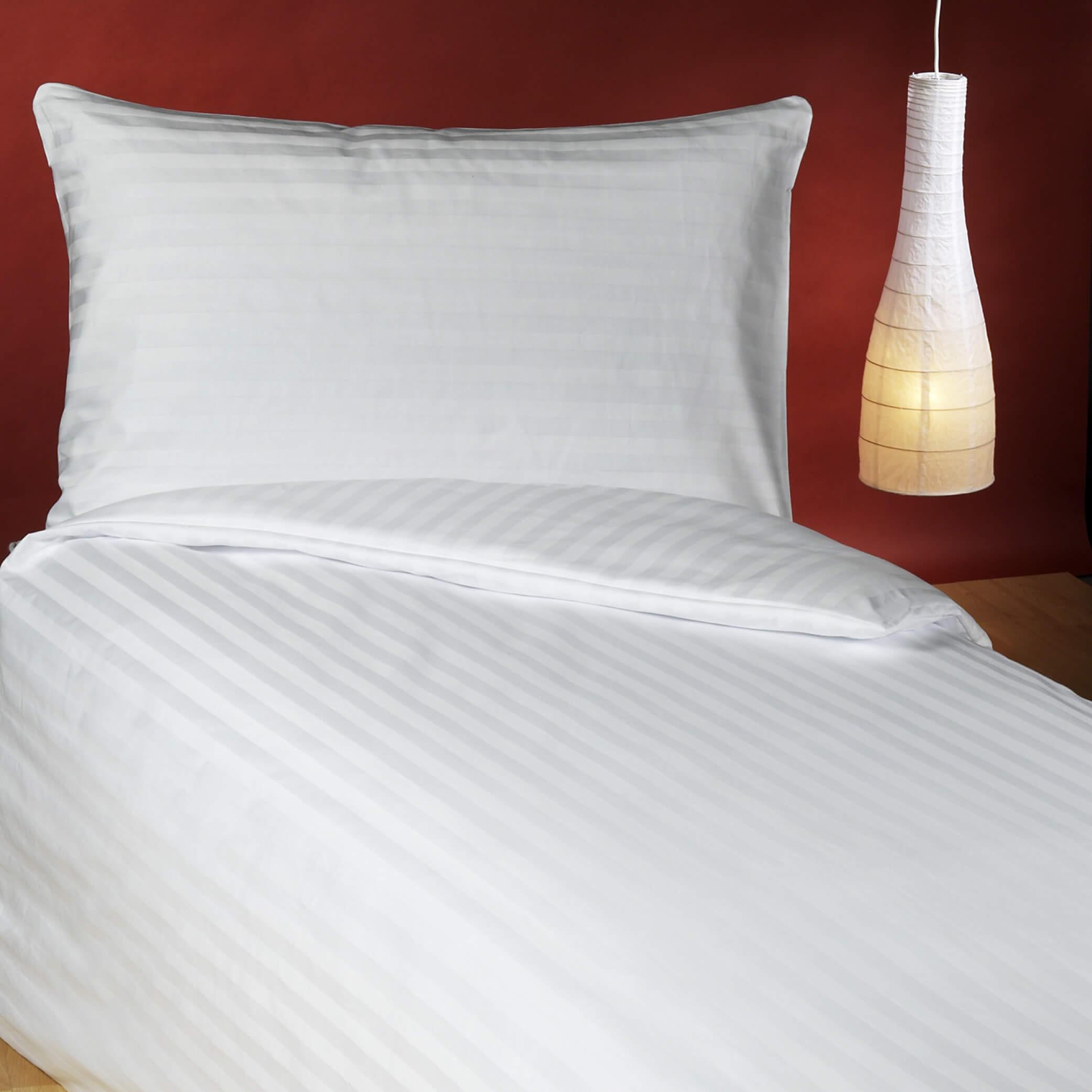 Bettwäschegarnitur aus gestreiftem Baumwolldamast GINO